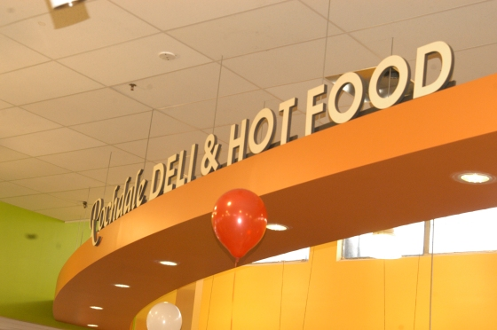 Ideal Food Basket Opens at RV